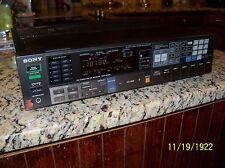 VINTAGE SONY STR-AV560 60 Watt  Audio/Video STEREO Receiver