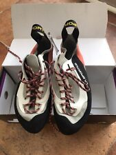 La Sportiva Finale Climbing Shoes Womens Grey/coral Lady Size 8/ Man Size 7