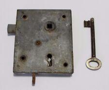 altes Kastenschloß (mit Schlüssel)