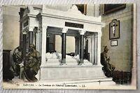 """CPA """" NANTES - Le Tombeau du Général Lamoricière"""