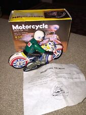 Vintage motorcycle tin wind-up toy MS 702 china 1970's (KC)