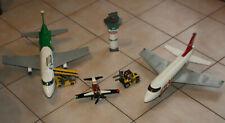 LOT LEGO AEROPORT AVION VEHICULE:VOITURE TRAVAUX