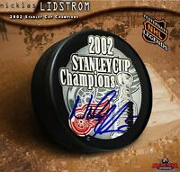 NICKLAS LIDSTROM Signed Detroit Red Wings 2002 Stanley Cup Champions Puck