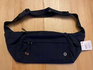 NWT Lululemon On The Beat Belt Bag Hip Fanny Pack Crossbody True Navy Blue 4.5L