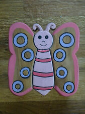 Süsser Kinderhocker Holzhocker Schmetterling aus Holz  H 26 cm
