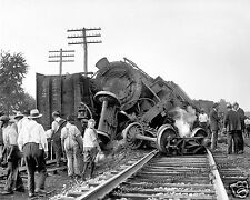 Photograph of a  B&O Train Wreck in Laurel Maryland Year 1922  8x10