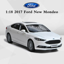 Original 2017 Ford New Mondeo Diecast Model Cars in 1:18 Scale White