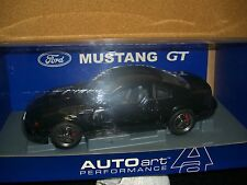 1/18 AUTOart 2001 Bullit Mustang GT in black