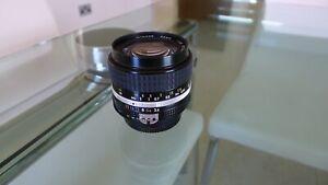 "Nikon Nikkor 28mm f/3.5 ""AiS': The LAST of the Manual Focus Lenses"