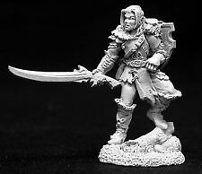 Reaper Miniatures Dark Heaven Legends 02692 Tolan, Male Druid