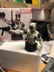 Marvel DEADPOOL X-FORCE 1/6 SCALE MINI BUST GENTLE GIANT PX EXCLUSIVE