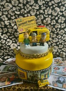 Cake toppers only fools and horses figures with money bank van cake decorations