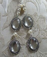 Ivory & Crystal Vintage Inspired Multi (4) Photo Frame Memorial Bouquet Charm
