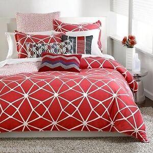 "f380 Bar III Bedding, Marquee Fret 16"" x 26"" Grey Decorative Pillow Wave"