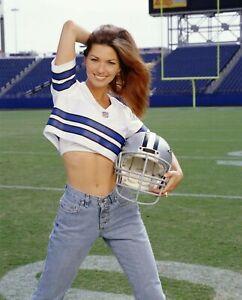 SHANIA TWAIN Football Cowboys 8x10 Photo
