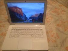 "MacBook - 13.3"" White Unibody Mid 2010 (A1342), 2.4 Ghz C2D, 250Gb HD, 4Gb RAM"