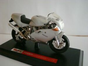 Ducati Supersport 900 Fe Silver 1:18 Maisto