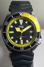 Seiko 7002 Mod - Black and Yellow Bezel, Yellow Mercedes Hands