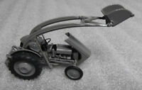 Universal Hobbies FERGUSON TEA 20 WITH FRONT LOADER  1/32nd Scale Tractor Model