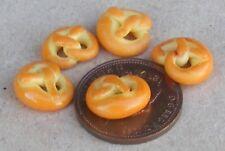 1:12 Scale 5 Pretzels Tumdee Dolls House Miniature Kitchen Bread Food Accessory