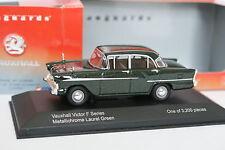 Vanguards 1/43 - Vauxhall Victor F Series Vert métal