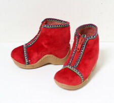 Chaussons en velours rouge vintage 1970 pointure 20