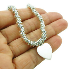 Amor corazón caracteriza Pulsera de plata esterlina 925 en una caja de regalo