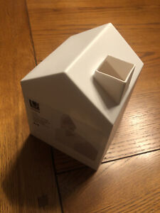White House Themed Tissue Box Cover