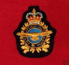 CANADIAN AIR COMMAND AIR OPERATIONS CLOTH CAP BADGE