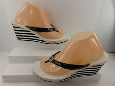 MICHAEL KORS BLACK AND WHITE THONG WEDGE SANDAL 9 1/2 M!!!