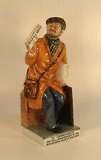 Royal Doulton Figurine - The Newsvendor - Hn 2891