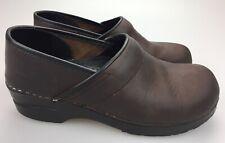 Dansko Clogs Professional Nursing Shoes Brown Oiled Leather sz EU 40, US 9.5-10