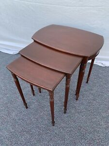 Vintage Antique Imperial Furniture Co Mahogany  3 Stack Nesting Tables Fluted
