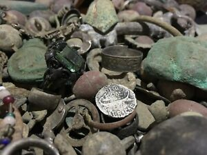 HUGE LOT OF MISCELLANEOUS ARTIFACTS - FROM PREHISTORY TO 19th C. - SILVER,BRONZE