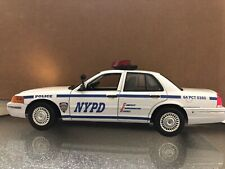 NYPD 1/18 Scale Diecast FORD CROWN VICTORIA with Lights And Siren New York