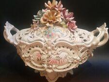 Bassano soupière, terrine, jardinière en céramique boutons de roses déco