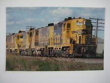 "AT&SF Yellowbonnet EMD ""Geeps"" GP7 GP9 leaving Houston TX 1975 Train Postcard"
