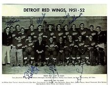 1951/52 Detroit Red Wings Team w/reprint autos-Howe,Lindsay,Able,Kelly, 7 total