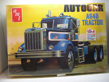 AUTOCAR A64B TRACTOR RETRO DELUXE SERIES AMT 1:25 SCALE PLASTIC MODEL TRUCK KIT