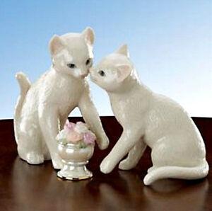 Lenox Cat Sculpture Flowers for My Sweetheart 3-piece