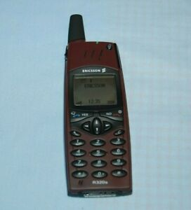Ericsson R320s Red Rock Dummy / Display Phone Boxed