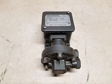 """United Electric H105K-559 Range: 0-80"""" WCD Differential Pressure Switch"""