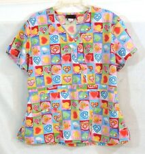 Melrose Scrub Top Size XL Hearts Pinks Yellow Blues Patchwork Uniform Top