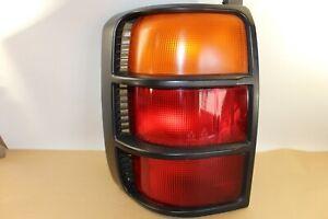 1992-1997 MITSUBISHI MONTERO LS SR 4D Tail Light Driver Left