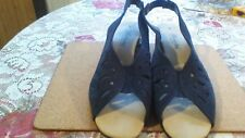 LADIES SHOES BY BERKERTEX IN NAVY BLUE SUEDE A SIZE 5.