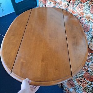Ethan Allen Oval Coffee Table Maple 10-8018 Made in USA Vtg drop leaf