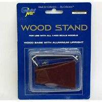 GEMINI GJSTD1013 1/400 WOOD STAND WITH METAL UPRIGHT - NEW TOOLING