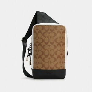 NWT Coach Turner Pack In Blocked Signature Canvas