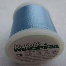 Madeira Rayon Stick Garn 200m color 861 azul pálido (100m 1,38 euros)