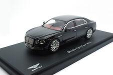 #5561 - Kyosho Bentley Flying Spur w12-Onyx negro - 2012 - 1:43